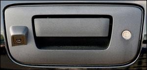 2007-2012 GM Pickup tailgate camera