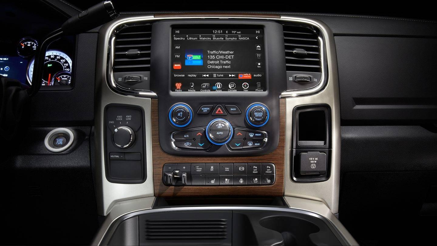 Gen Ii T Style Radio For 2013 18 Ram Adc Mobile